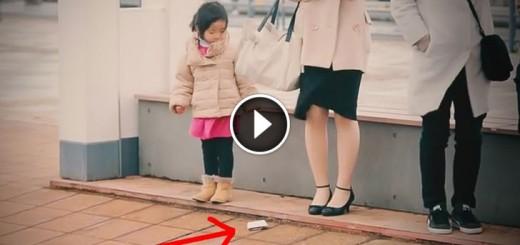 children drop wallet reaction