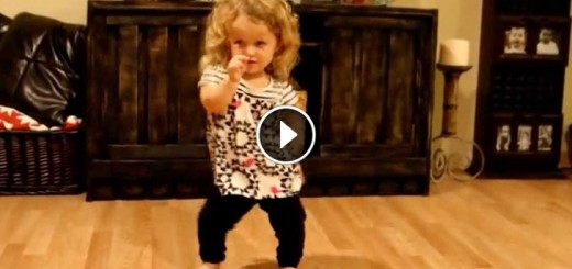 girl_with_dwarfism_dance